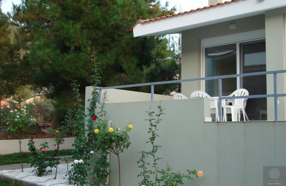 Вилла в греции на берегу моря 500000 евро